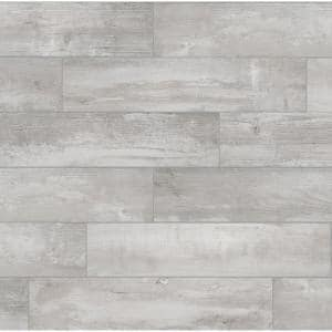 Approximate Tile Size: 8x36