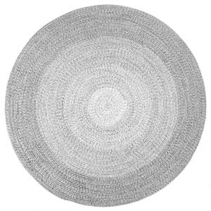 Approximate Rug Size (ft.): 6 X 6