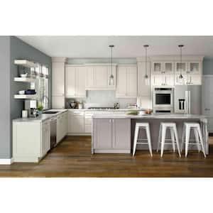 Shaker in Custom Kitchen Cabinets
