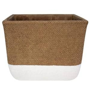 Container Width (in.): 10 - 15 in Plant Pots