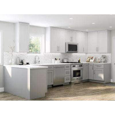 Vesper White Shaker Assembled Plywood 30 in. x 30 in. x 12 in. Wall Kitchen Cabinet with Soft Close