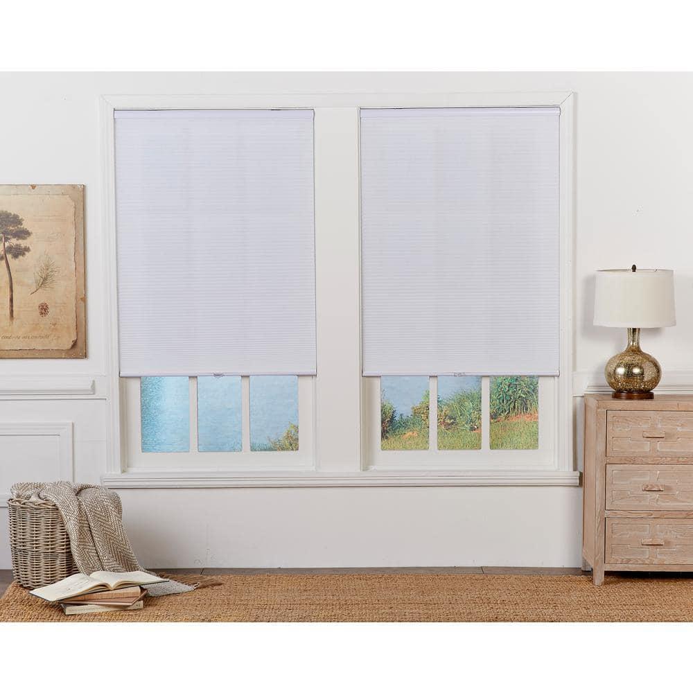 Perfect Lift Window Treatment Cut To Width White Cordless Light Filtering Cellular Shade 71 In W X 64 In L Qcwt710640 The Home Depot