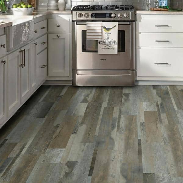 Trafficmaster Grey Distressed Wood Multi Width Look 6 In X 36 In Peel And Stick Vinyl Plank 36 Sq Ft Case Wd6098 The Home Depot