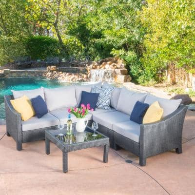 Antibes gray 6-Piece Wicker Outdoor Sectional Set with Silver Cushions