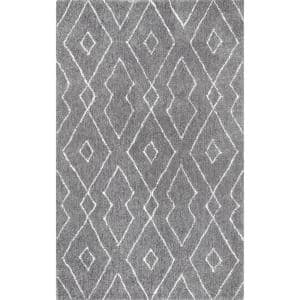 Beaulah Modern Geometric Shag Gray 6 ft. x 9 ft. Area Rug
