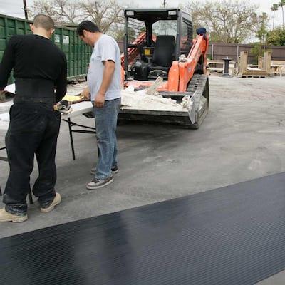 Corrugated Wide Rib 4 ft. x 15 ft. Black Rubber Flooring (60 sq. ft.)
