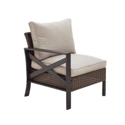 1-Piece Wicker/Rattan Right Arm Outdoor Sectional Chair with Beige Cushion