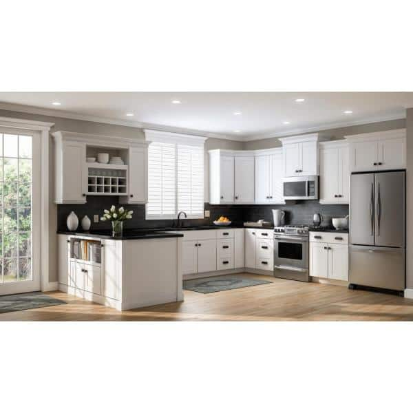 Hampton Bay Shaker Partially Assembled 36 X 34 5 X 24 In Corner Sink Base Kitchen Cabinet In Satin White Kcsb36 Ssw The Home Depot