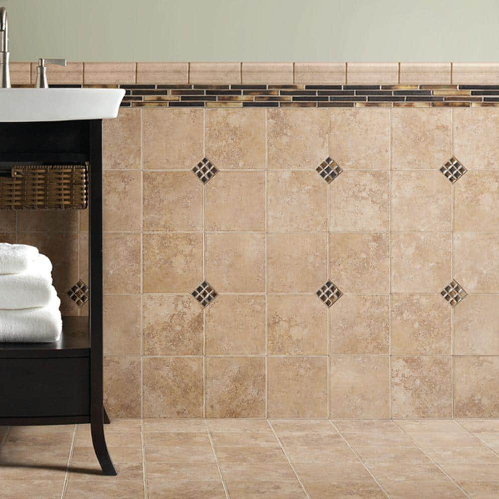 Daltile Santa Barbara Pacific Sand 18 In X 18 In Ceramic Floor And Wall Tile 18 Sq Ft Case Sb231818hd1p2 The Home Depot