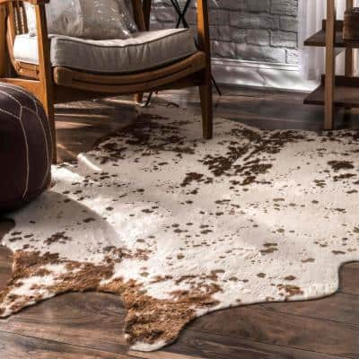 Alferce Faux Cowhide Off-White/Brown 6 ft. x 8 ft. Shaped Accent Rug