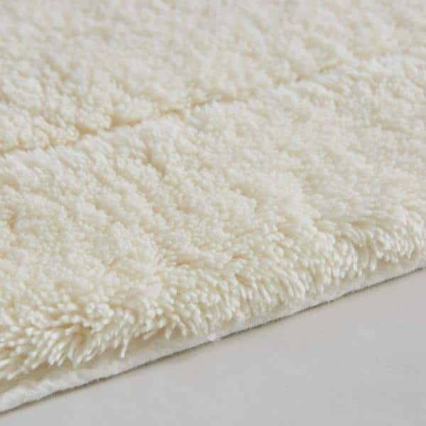 Mohawk Home Regency Parchment 17 In X 24 In Cotton Machine Washable Bath Mat 087235 The Home Depot