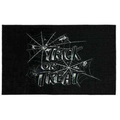 Trick or Treat Web Black 2 ft. 6 in. x 4 ft. 2 in. Holiday Area Rug