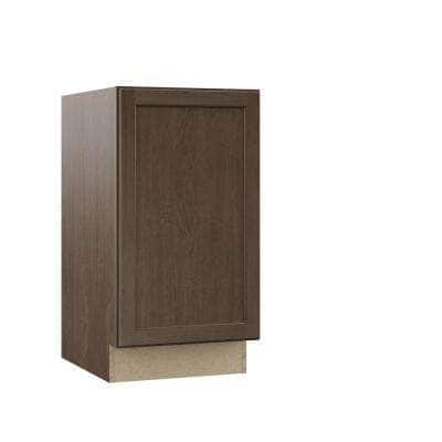 Shaker Assembled 18x34.5x24 in. Pull Out Trash Can Base Kitchen Cabinet in Brindle