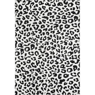 Sebastian Leopard Print Dark Gray 5 ft. x 7 ft. Area Rug