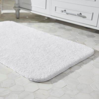 Eloquence White 24 in. x 40 in. Nylon Machine Washable Bath Mat
