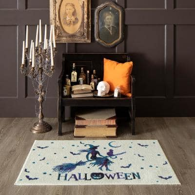 Flying Witch Ivory 2 ft. x 3 ft. 4 in. Holiday Area Rug