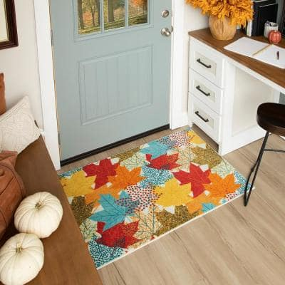 MULTI-COLOR LEAVES MULTI 2 ft. x 3 ft. 4 in. Scatter Area Rug