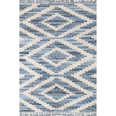 California Laguna Blue 7 ft. 6 in. x 9 ft. 6 in. Indoor Area Rug