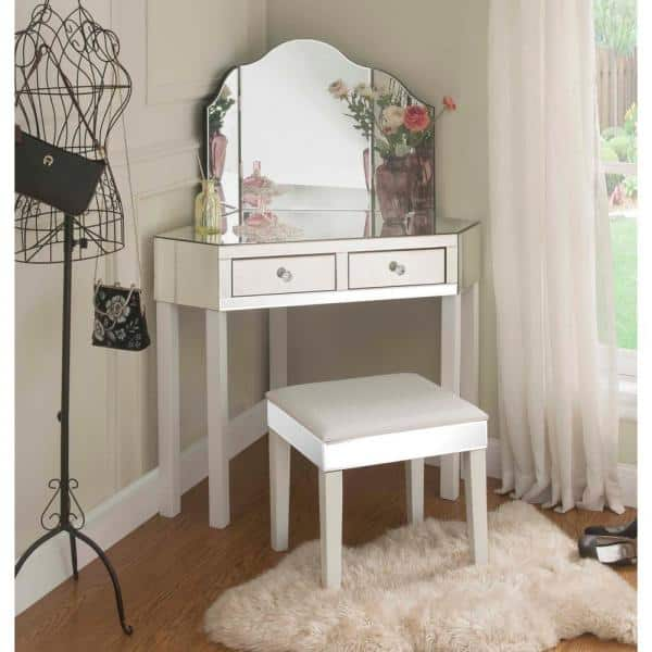 White Vanity Tables With Trifold Mirror, Home Depot Makeup Vanity Mirror With Lights