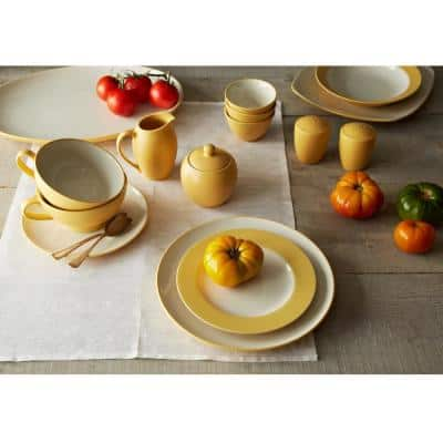 Colorwave Mustard Yellow Stoneware Square 4-Piece Place Setting (Service for 1)