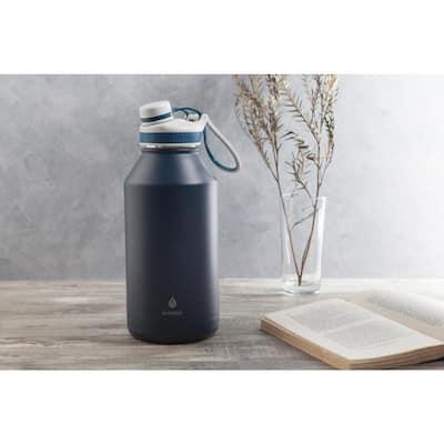 Ranger Pro 64 oz. Navy Vacuum Insulated Stainless Steel Bottle
