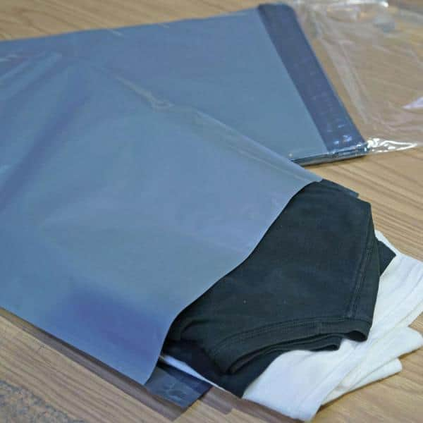 Poly mailers 12 x 15.5 Poly Bags 12 x 15 12 Pack of 50 Black Bags Self Sealing Mailers. Premium Quality 3.2 mil Black Poly envelopes