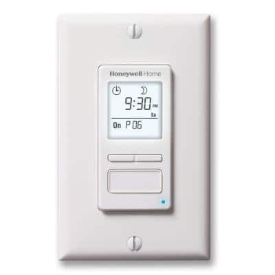 120-Volt 7-Day Programmable Indoor/Outdoor Motor and Light Switch Timer with Automatic Daylight Savings
