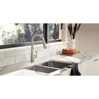 U by Moen Essie Single-Handle Pull-Down Sprayer Smart Kitchen Faucet with Voice Control in Spot Resist Stainless