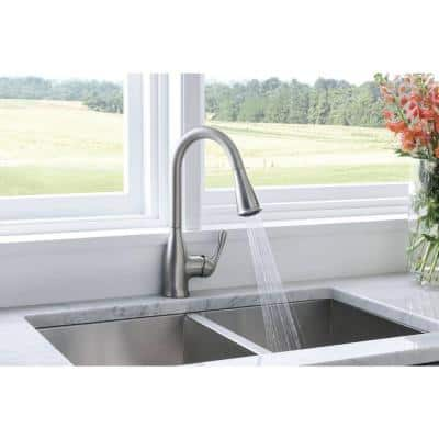 Kaden Single-Handle Pull-Down Sprayer Kitchen Faucet with Reflex and Power Clean in Spot Resist Stainless