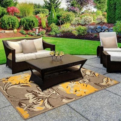 Hydrangea Chamomile 4 ft. x 2 ft. Indoor/Outdoor Area Rug