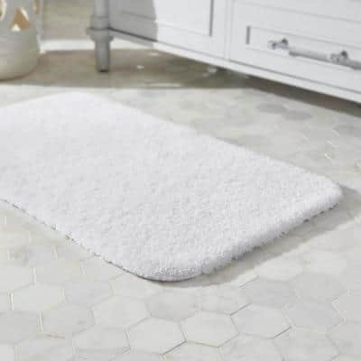 White 20 in. x 34 in. Plush Nylon Non-Skid Bath Rug