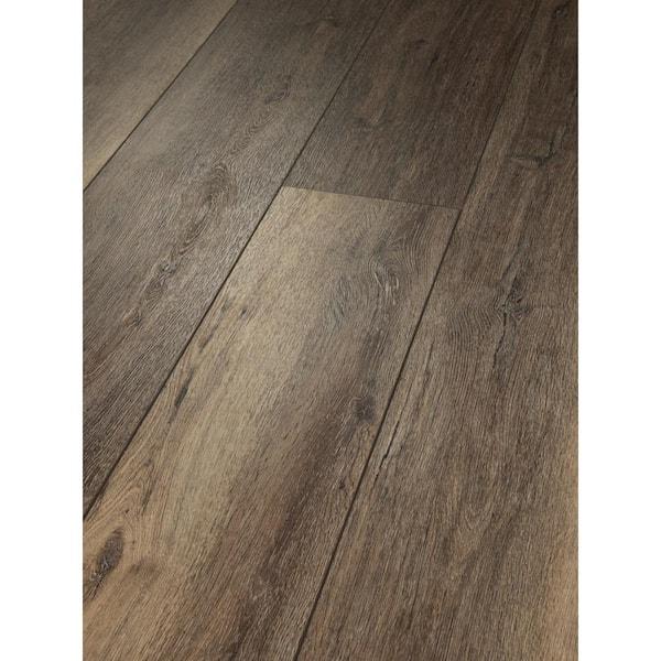 Shaw Melrose Oak 9 In W Lodge, Lodge Oak Laminate Flooring