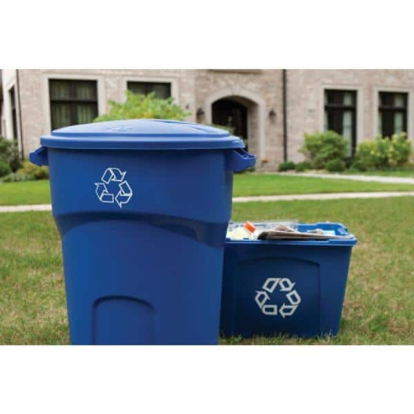Rubbermaid Roughneck 32 Gal Outdoor Recycling Bin 1792641 The Home Depot