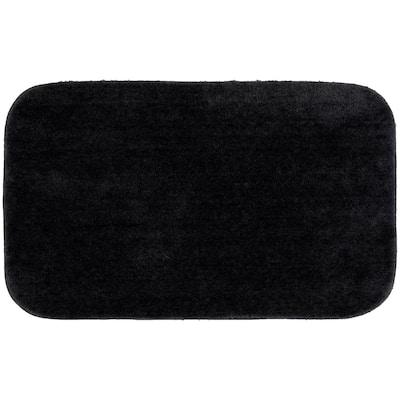 Traditional Black 24 in. x 40 in. Plush Nylon Bath Mat