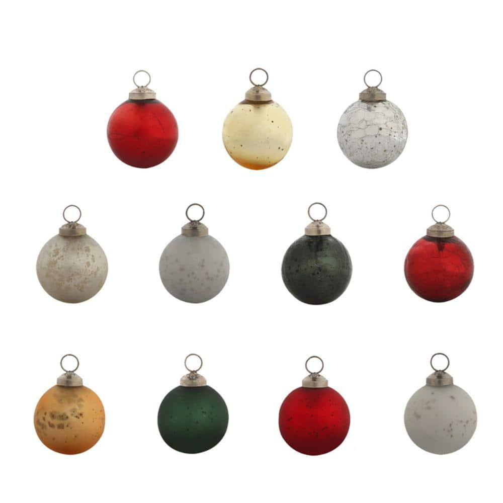 Evergreen 2 1 2 In Holiday Classic Round Christmas Ornaments 24 Pack 3otg341 The Home Depot