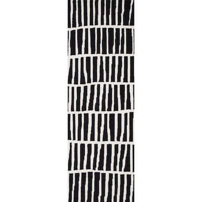 Lemuel Geometric Black 3 ft. x 8 ft. Runner