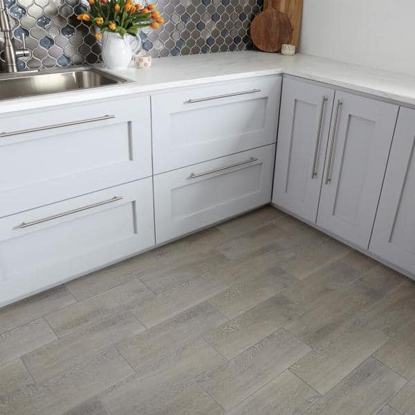 Trafficmaster Glenwood Fog 7 In X 20 In Ceramic Floor And Wall Tile 10 89 Sq Ft Case Gw09720hd1p2 The Home Depot