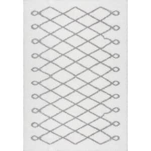 Stasia Diamond Shag Gray 8 ft. x 10 ft. Area Rug