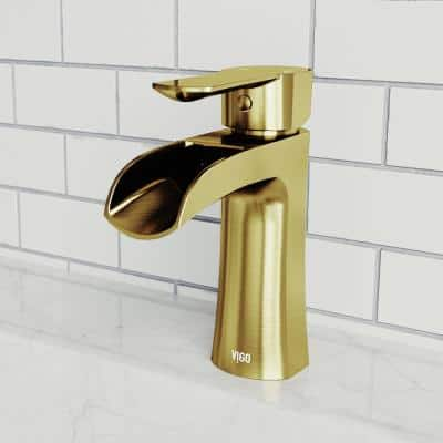 Paloma Single Hole Single-Handle Bathroom Faucet in Matte Gold