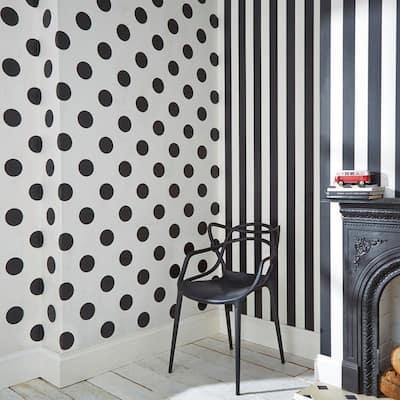 Monochrome Stripe Black/White Black and White Wallpaper Sample