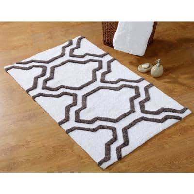 24 in. x 17 in. and 34 in. x 21 in. 2-Piece Bath Rug Set in White and Gray