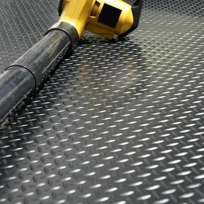 Diamond Plate 4 ft. x 7 ft. Black Rubber Flooring (28 sq. ft.)