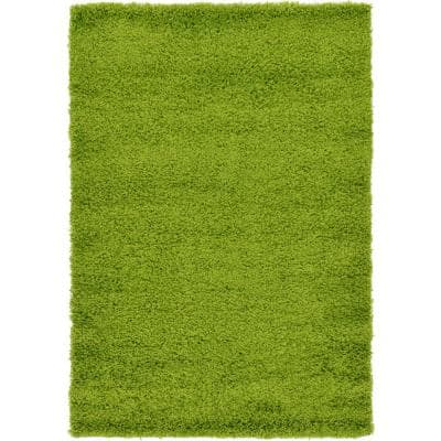 Solid Shag Grass Green 4 ft. x 6 ft. Area Rug