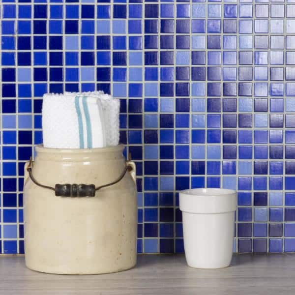 Abolos Swimming Pool Alice Blue Square Mosaic 1 In X 1 In Glass Wall Pool And Floor Tile 1 15 Sq Ft Hmdsps3434 Ab The Home Depot