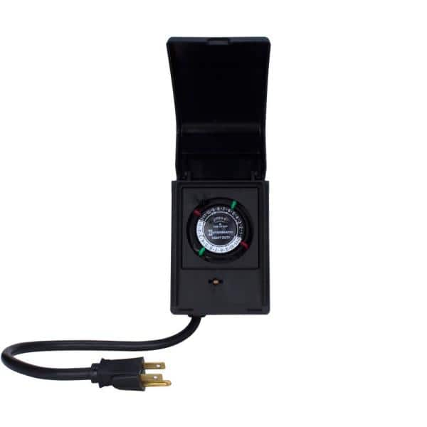 Intermatic 15 Amp 24 Hour Outdoor Timer For Lights Pumps And Decorations Black P1121 The Home Depot
