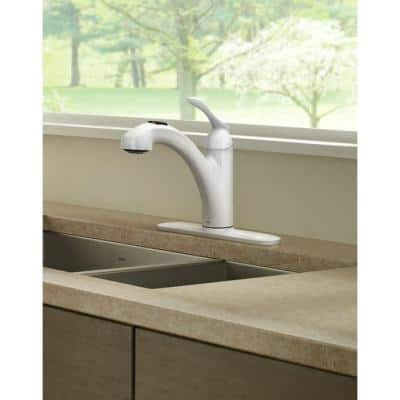 Banbury Single-Handle Pull-Out Sprayer Kitchen Faucet with Power Clean in Glacier