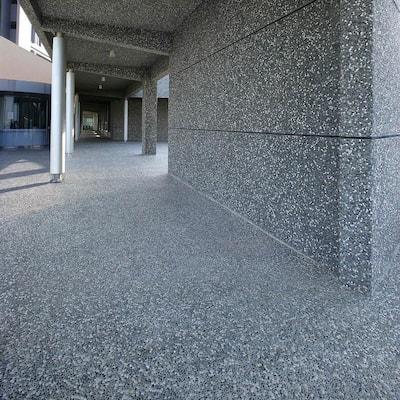 Pebblini Cloud Grey 12-1/4 in. x 12-1/4 in. x 7 mm Pebble Stone Mosaic Tile (10.4 sq. ft./Case)