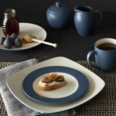 Colorwave Blue Stoneware Square Dinner Plate 10-3/4 in.