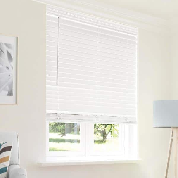 Chicology Cut To Size Chelsea White Cordless Room Darkening Privacy Slats Faux Wood Blinds With 2 In Slats 24 In W X 48 In L Cfw Cw 2448 The Home Depot