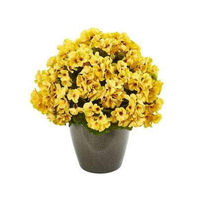 17 in. Geranium Indoor/Outdoor UV Resistant Artificial Plant